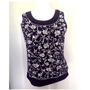 Charter Club - Paisley Top in Black White - Small